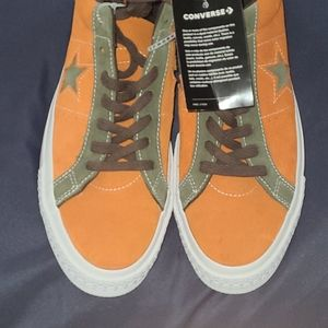 New Converse One Stars size 11